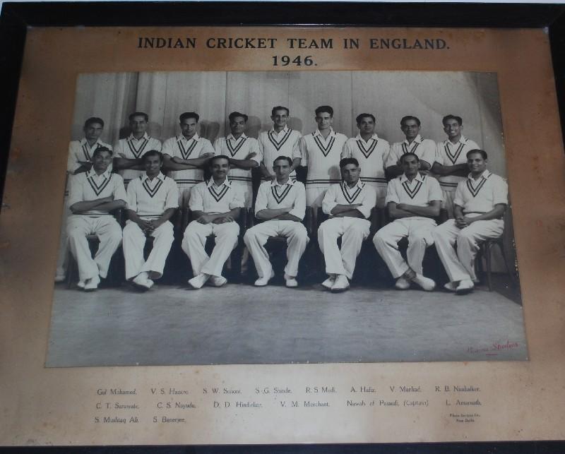 ... cricket legends nawab iftikhar ali khan pataudi and his son nawab